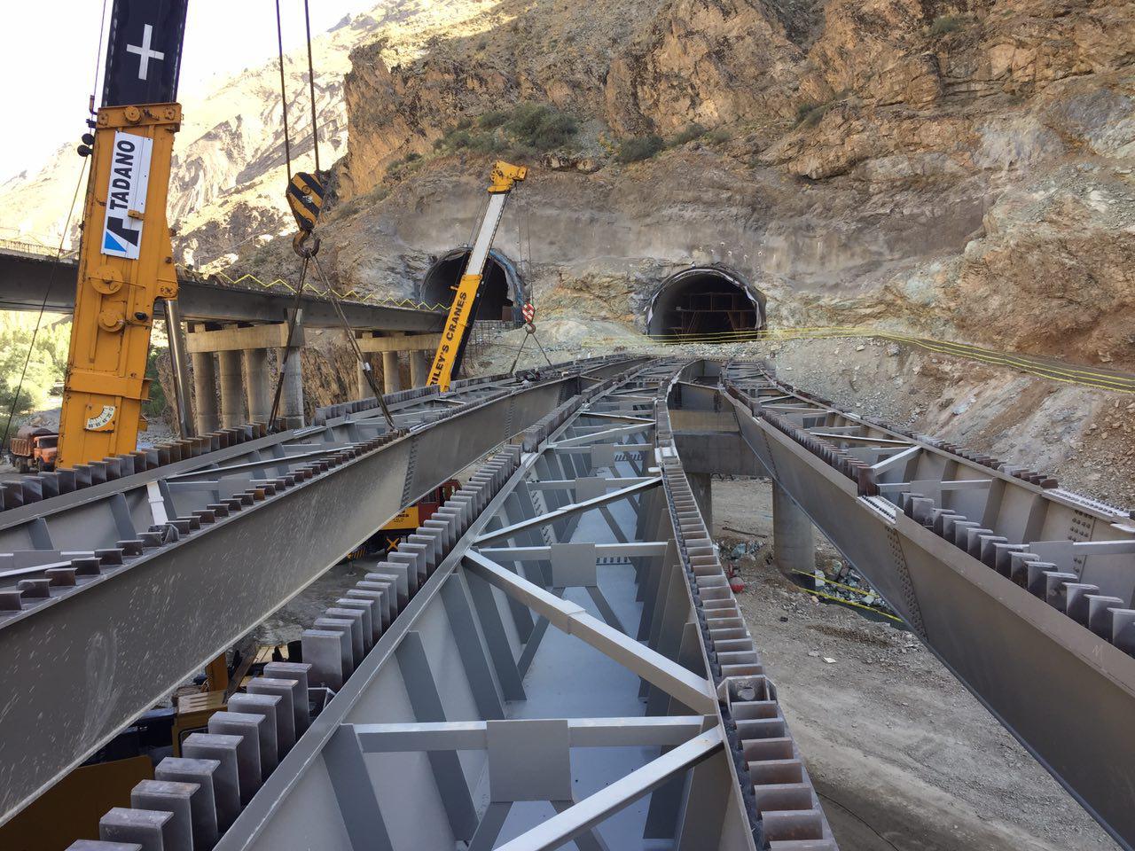 عرشه فولادی پل آزاد راه تهران شمال